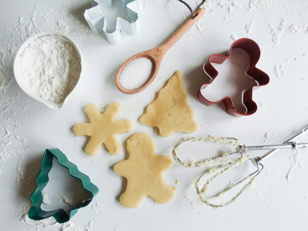 picture of christmas cutout cookies